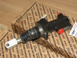 Remcilinder T4 / Case / Steyer